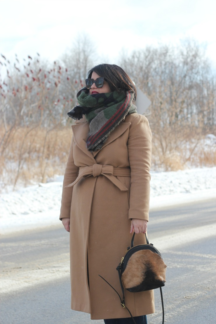 camel coat, camo scarf
